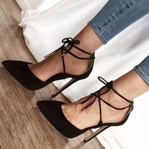 Black Lace-Up Heels: 18 Chic and Stylish Outfit Ideas - FMag.c