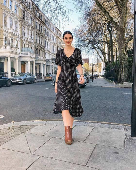 dress,black dress,midi dress,short sleeve dress,ankle boots,brown .