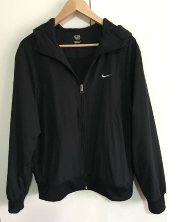 Shoes Online on | Nike outfits, Clothes, Hooded sweatshir