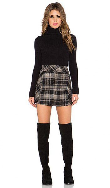 How to Style Black and White Plaid Skirt: Outfit Ideas | Plaid .