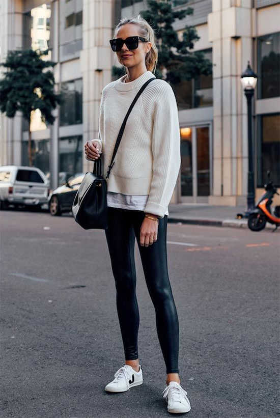 Black Leggings 44 Outfit Ideas For Women To Try Next Week 2020 .