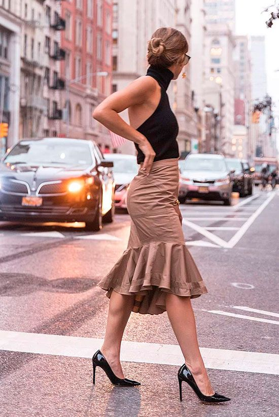 5 Breezy Midi Skirt Styles For A Hot Day | Hot day outfit, Hot .
