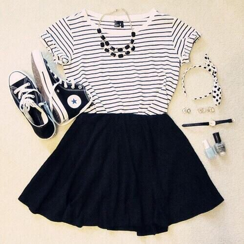 How to Style Black Skater Skirt: Best Outfit Ideas - FMag.c