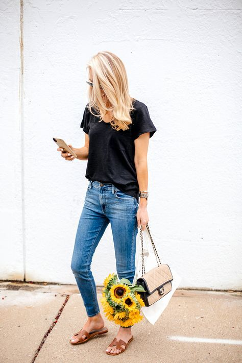 simple outfit | black tee + blue jeans | Dallas fashion, Krystal .