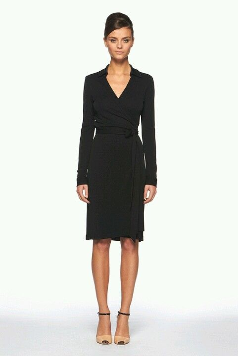 Classic DVF wrap dress | Dvf wrap dress, Wrap dress outf