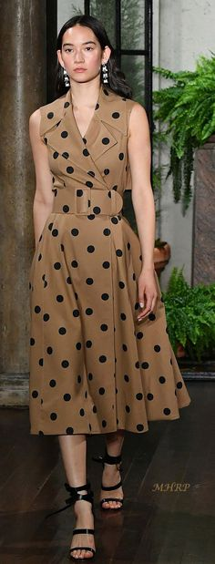 626 Best Polka Dots images | Polka dots, Fashion, Sty