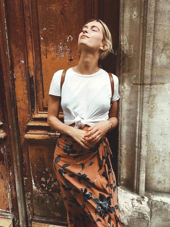 plain-white-tee-bohemian-long-skirt-outfit-idea-school-look | Ecemel