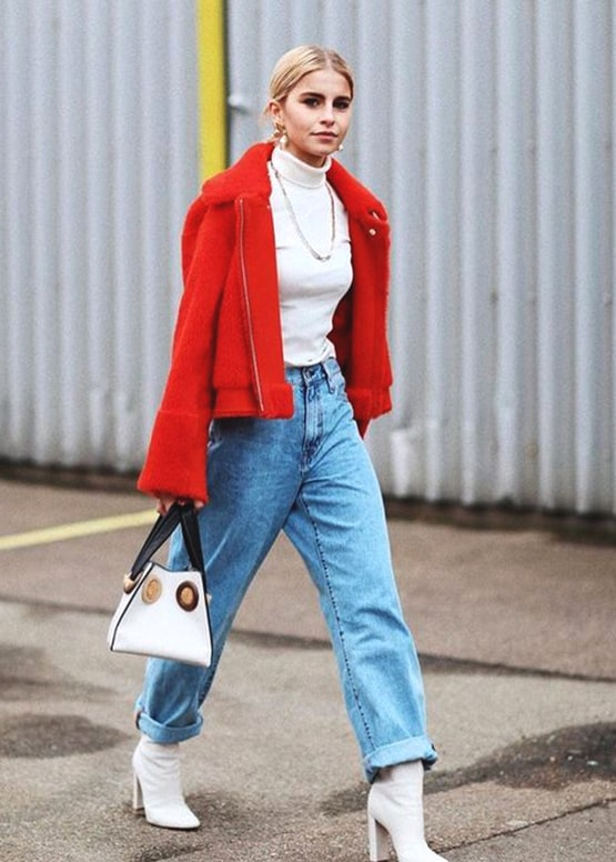 how-to-wear-boyfriend-jeans-outfit-ideas-red-coat | Ecemel