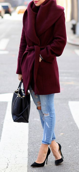 street #style fall / burgundy coat | Winter date night outfits .