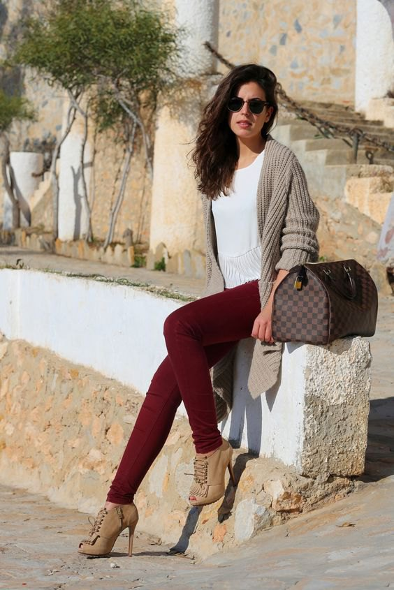 How to Wear Burgundy Jeans: 15 Outfit Ideas for Women - FMag.c