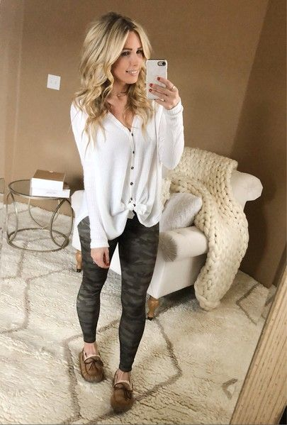 camo leggings outfit, thermal top outfit, athleisure wear, cozy .