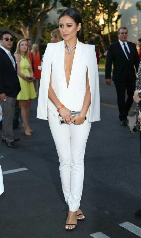 Blazer cape | Fashion, Blazer outfits, Cape blazer outf