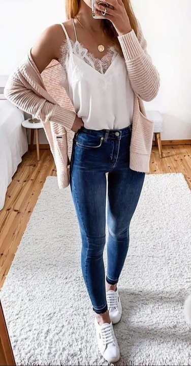 31 Trendy Casual Outfit Ideas To Upgrade Your Wardrobe - ClassyStyl