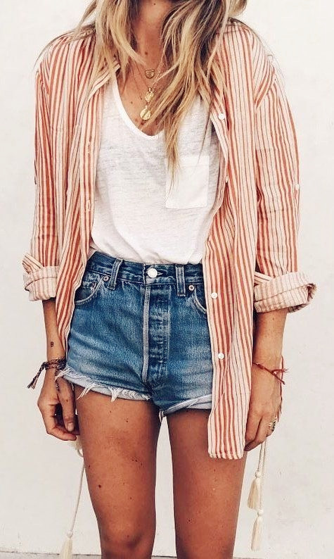 Women's Fashion Outfit Ideas 2019 - Pink Plaid Shirt with Denim .