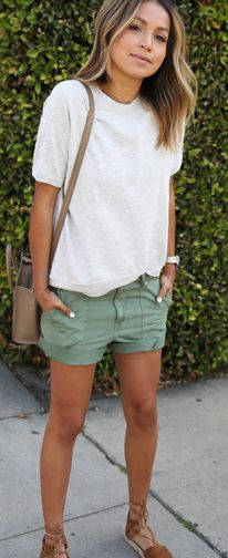 11 Best Green shorts outfit images | Short outfits, Green shorts .