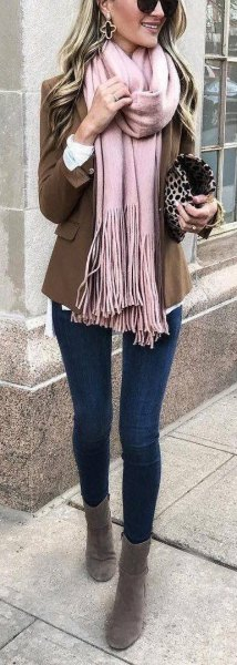 Best 13 Clutch Handbag Outfit Ideas for Women - FMag.c