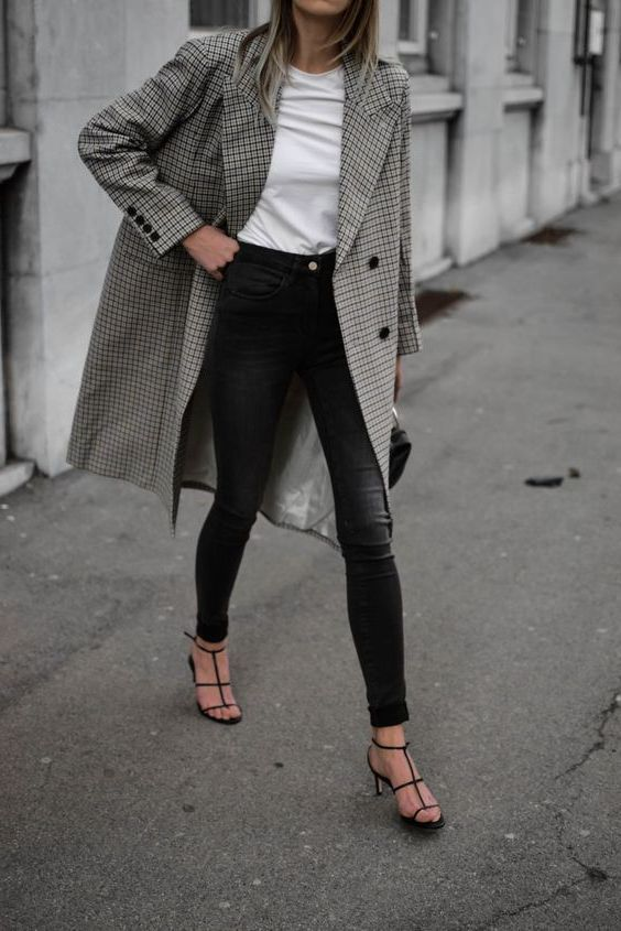 Office Outfit Ideas For Women, Trench coat, Dress code | Office .