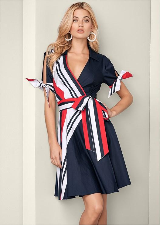 Cold Shoulder Shirt Dress in Navy Multi | VEN