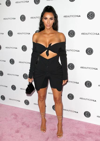 13 Celebrity-Approved Bike Shorts Outfits | StyleCast