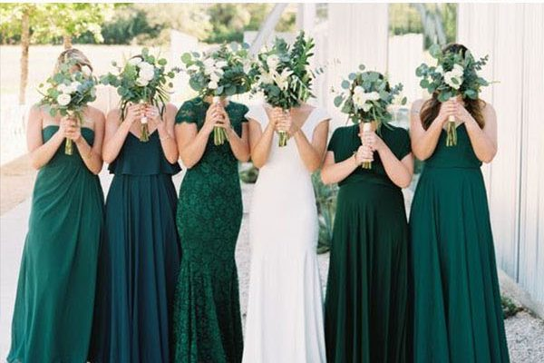 14 Dark Green Emerald Wedding Colors & Palettes – Hi Miss Pu