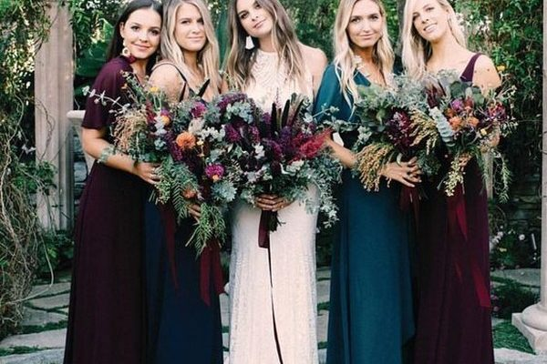 22 Dark Teal and Burgundy Wedding Ideas for Fall – Hi Miss Pu