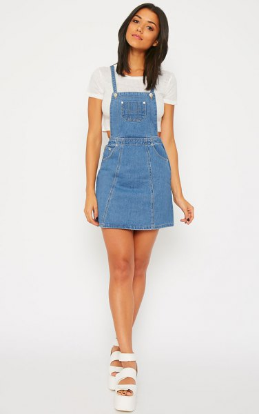 How to Wear Denim Pinafore Dress: 15 Best Outfit Ideas - FMag.c