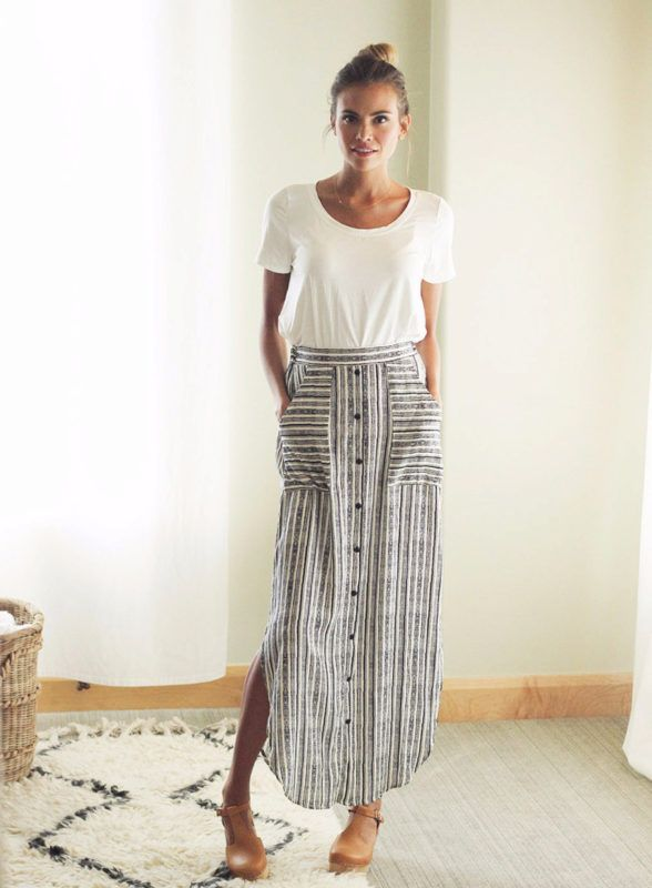 Striped maxi skirt with buttons down the front | Ropa, Moda estilo .