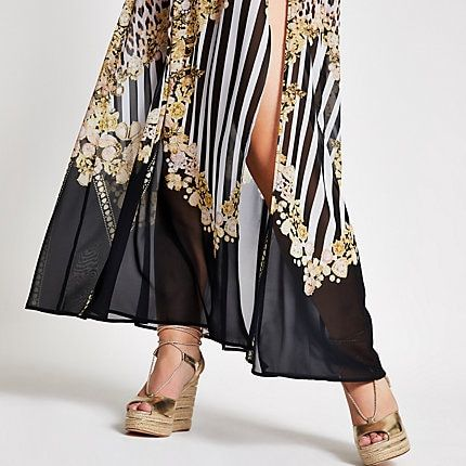 Plus black mixed print beach skirt | Beach skirt, Mixing prints .