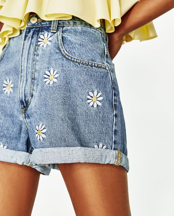 Image 4 of BERMUDA SHORTS WITH EMBROIDERED DAISIES from Zara .