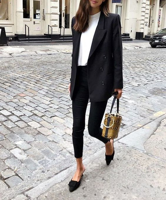Black Blazers For Women: Trendy Outfit Ideas 2020 .