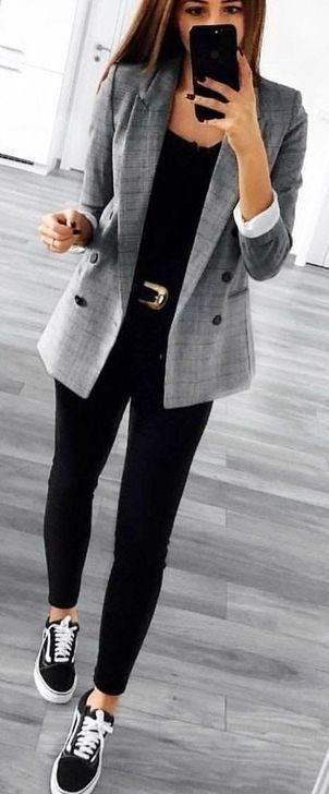 99 Pretty Women Work Outfit Ideas For Winter | Casual work outfits .