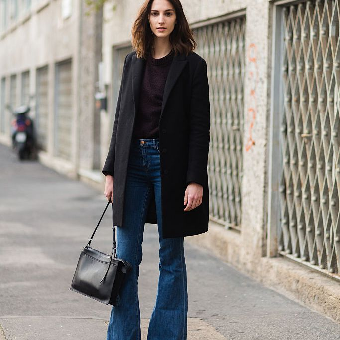 How to Wear Flare Jeans: 10 Fashionable Outfit Ide