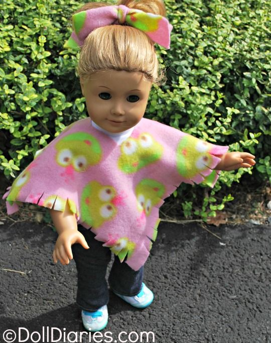 Doll Play Day 93 – Easy No Sew Fleece Poncho for Dolls .