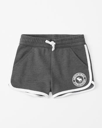 curved hem fleece shorts in 20