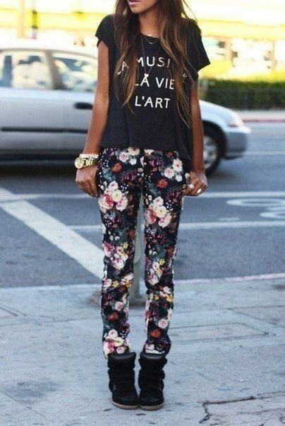 20 Style Tips On How To Wear Printed Pants Outfit Ideas | Gurl.com .