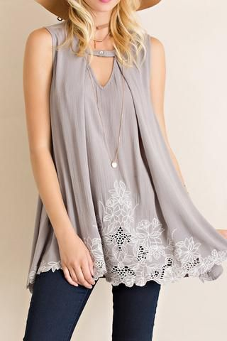 SOLID GAUZE SLEEVELESS FLOWY TUNIC TOP | Flowy tunic tops, Flowy .