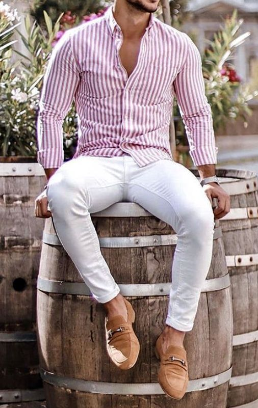 What a great men's summer outfit idea! Pink and white slim fitting .