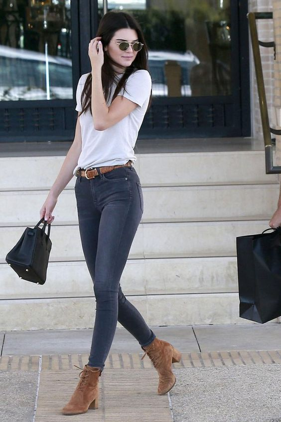Kendall Jenner wearing Ahlem Eyewear Bastille Sunglasses in Rose .