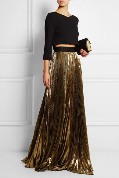 Pleated gold maxi skirt. … | Maxi skirt outfits, Fashion, Skirt .