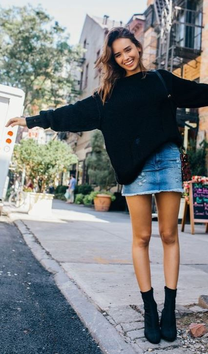 19 Cute and Cozy Oversized Sweater Outfits | Mommyfits | Denim .