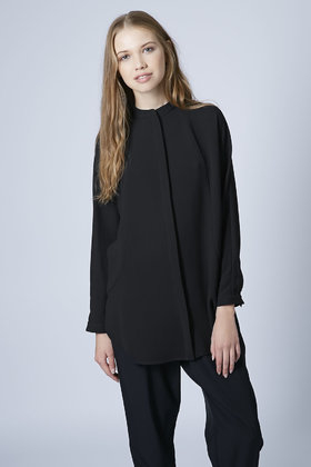TOPSHOP Textured Grandad Collar Shirt in Black - Ly