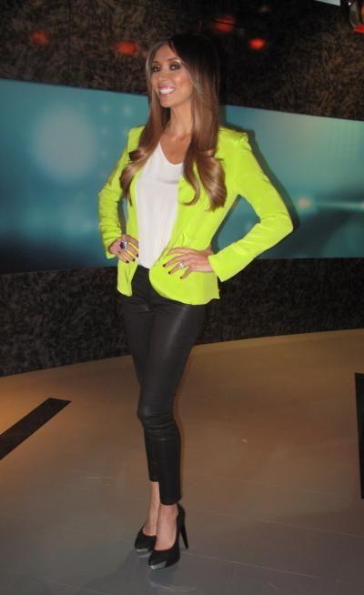 Loving this look GR. | Fashion, Style, Girl fashi