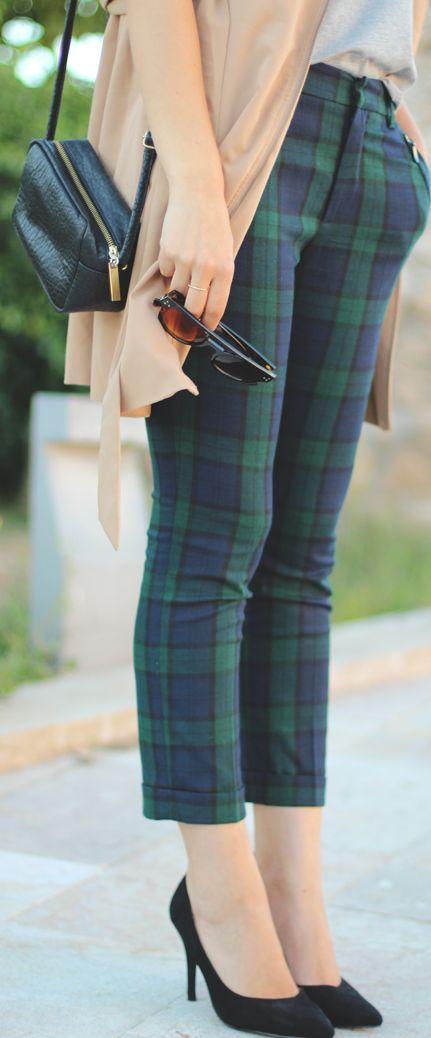 Plaid Pants in green and blue. #tartan | Retro fashion, Fashi