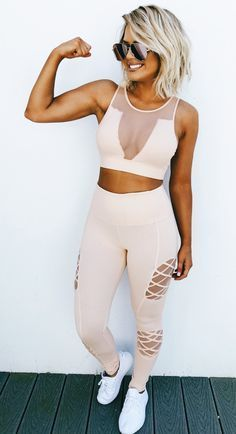 Wow! Gorgeous gym gear Stylish outfit ideas for women who love .