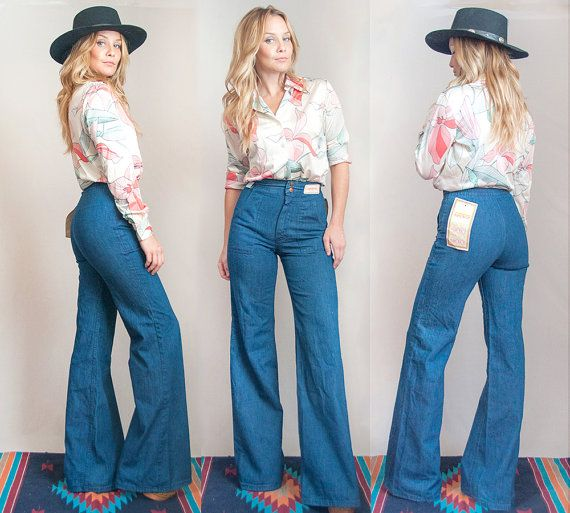 70s High Waisted Bell Bottom Jeans Small XS by ClassicRockCouture .