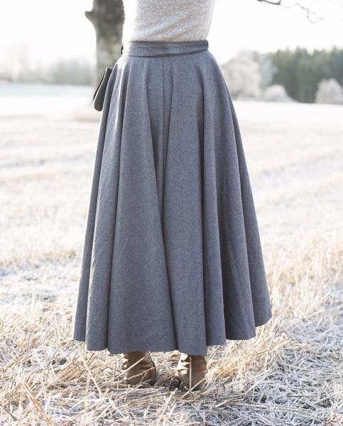MATHILDE Viking Skirt Grey Wool – Hovden Formal Farm We