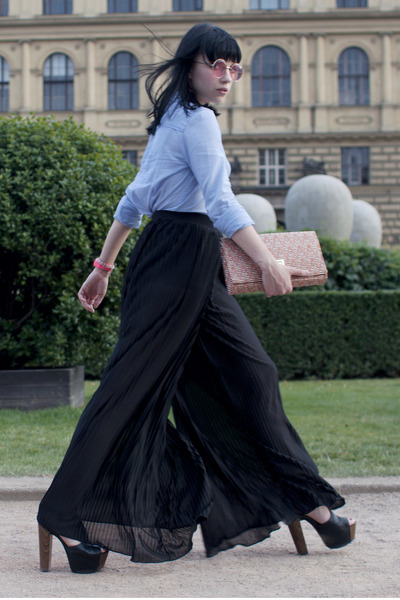 How to Wear H&M Pleated Palazzo Pants Pants - Search for H&M .