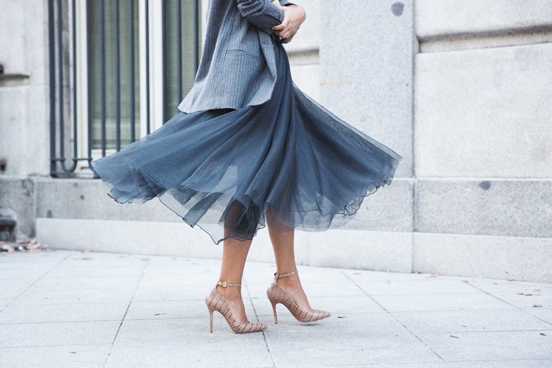 20 Ways Stylish Women Are Wearing Tulle Skirts | StyleCast