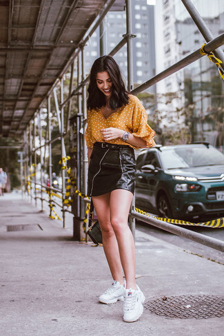 How To Wear White Sneakers With a Black Leather Skirt (8 looks .