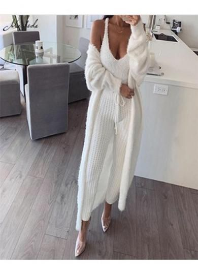 rope knitted pants | Comfy outfits, Classy outfits, Crop top outfi